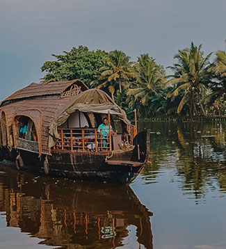 Golden Triangle with Kerala Backwaters